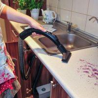 istraukiama-dulkiu-siurblio-zarna-montuojama-virtuvineje-spinteleje